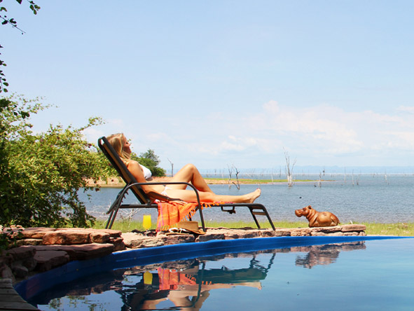 Changa Safari Camp - Swimming pool