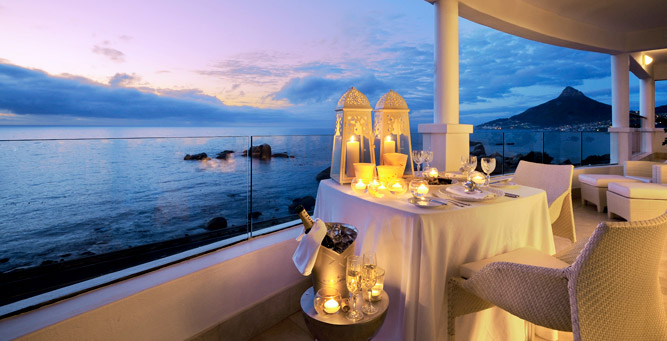 Top Beach Hotels in Cape Town - 12 Apostles at sunset