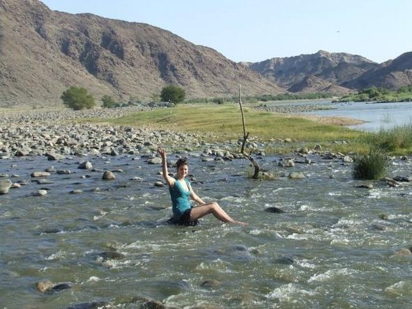 Jenieen van den Heever - having fun in the Orange River, the divider between South Africa and Namibia.