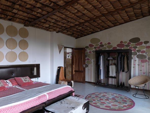 Hatari Lodge - Small & intimate