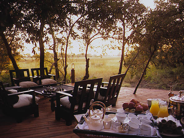 Cape Town, Botswana & Vic Falls Luxury Journey - Alfresco dining