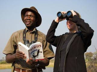 A Guide's Guide to Mobile Safaris - your guide showing you the ropes