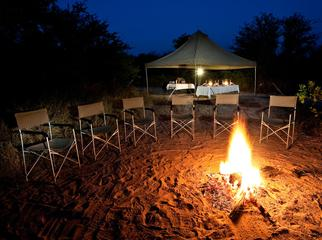 A Guide's Guide to Mobile Safaris - around the fire