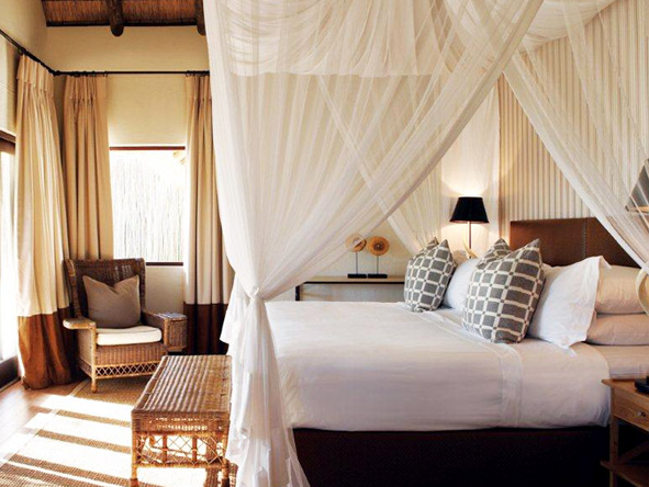 Modest in appearance & simple in design, Londolozi accommodation is deceptively luxurious.