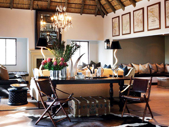 Leather & brass details blend with African art & decor to create an indulgent atmosphere at Londolozi camps.