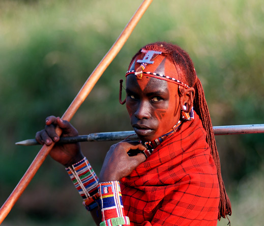 Porini camps offer their guests authentic & meaningful encounters with local communities such as the Maasai.