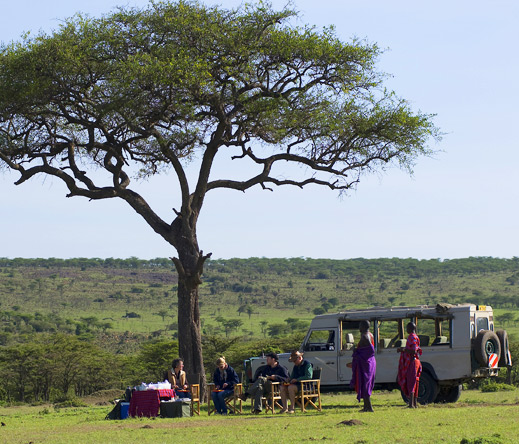 Expect pleasant surprises at a Porini camp such as alfresco breakfasts, picnic lunches & cocktails by moonlight.