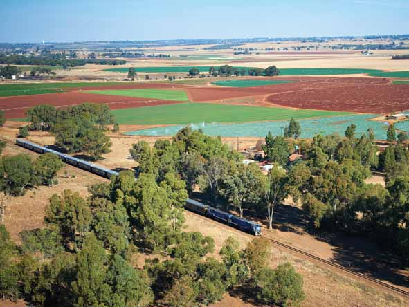 A luxury train journey gives you the chance to sit back & watch the African landscape unfold in front of you.