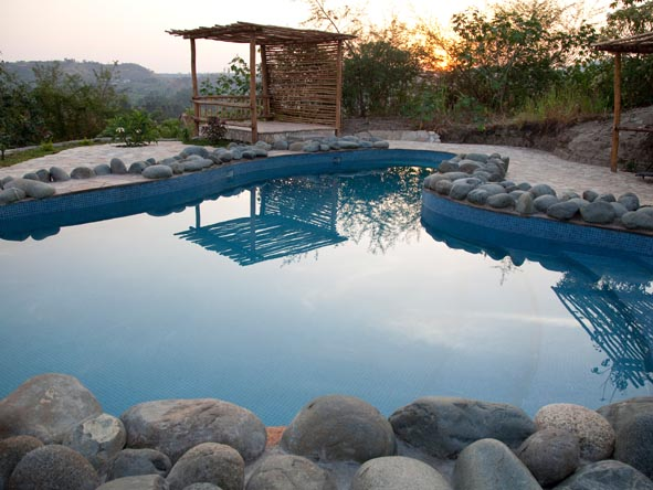 Kyambura Gorge Lodge - Swimming pool