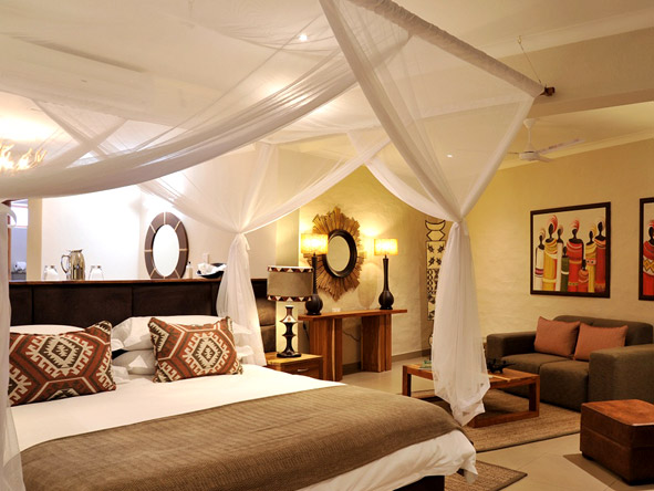 Victoria Falls Safari Club - Small & intimate