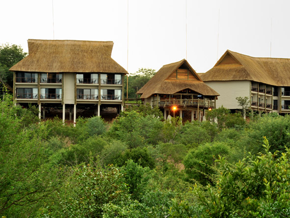 Victoria Falls Safari Club - Stunning location
