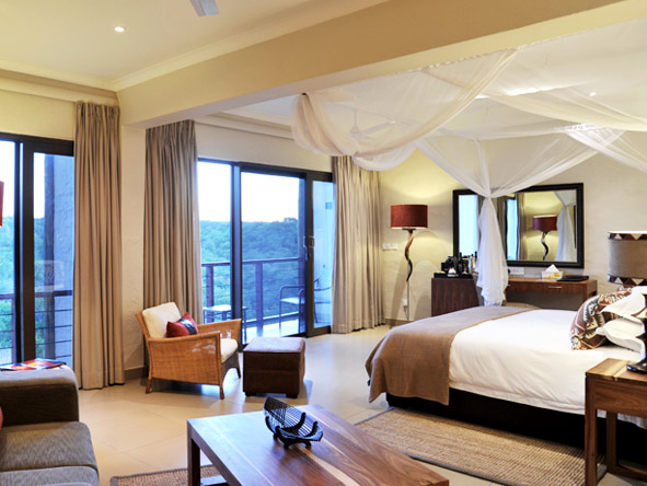 Victoria Falls Safari Club - Spacious suites