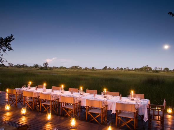 Nxabega Okavango Safari Camp - Alfresco dining