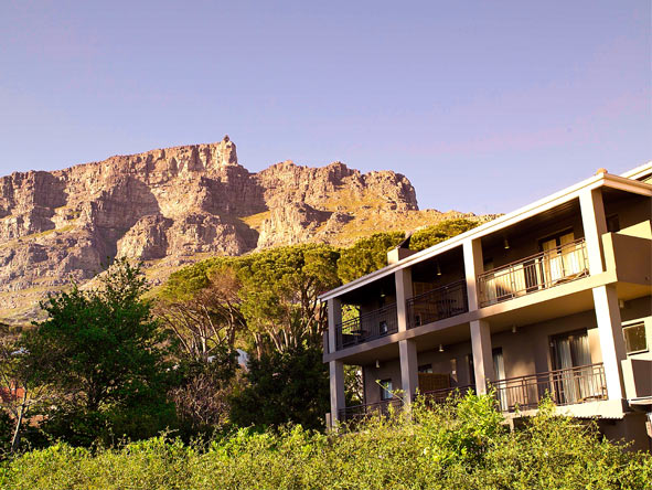 Classic Cape Town, Kruger & Victoria Falls - Table Mountain views
