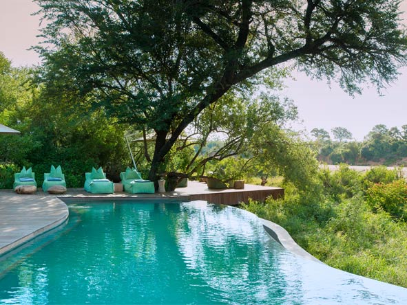 Classic Cape Town, Kruger & Victoria Falls - Lazy pool days