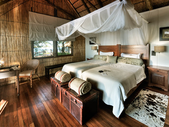 Xugana Island Lodge - Rustic thatch & canvas suites