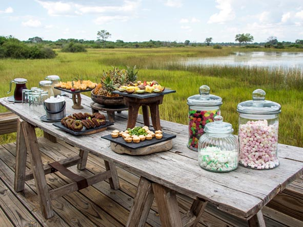 Botswana & Mozambique Idylic Escape - Alfresco dining