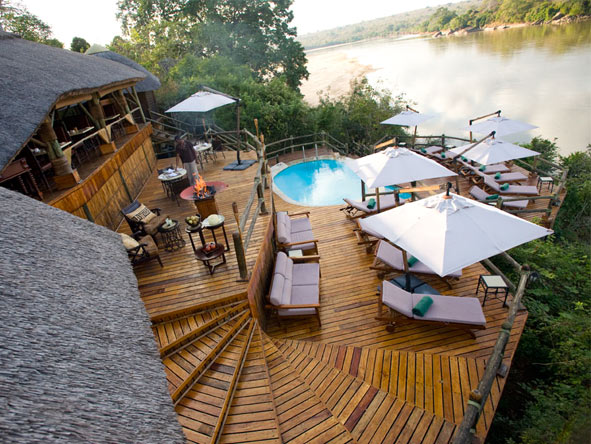 Serena Mivumo River Lodge - Small & intimate