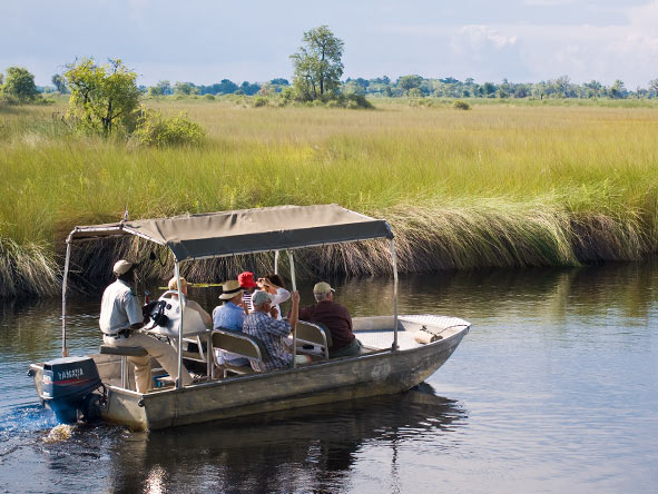 Xakanaxa Camp - Boat safaris