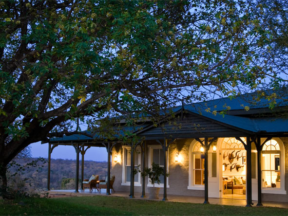Classic Cape, Kruger & Vic Falls Adventure - Small & intimate accommodations