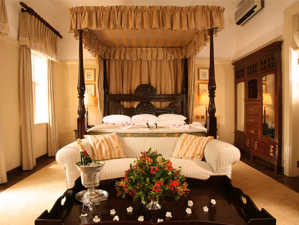 Kruger & Victoria Falls Safari Adventure - Spacious suites