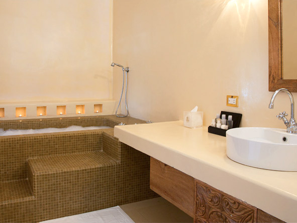 Gold Zanzibar Beach House and Spa - En suite bathrooms