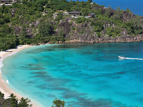 Exclusive Cape, Kruger & Seychelles Escape - Warm ocean waters