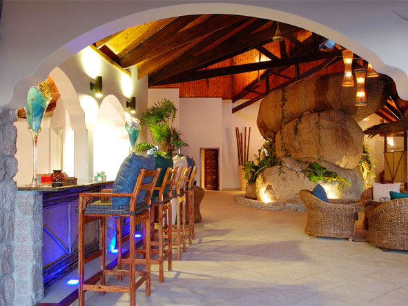 Exclusive Cape, Kruger & Seychelles Escape - Bold colours & design