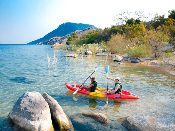 Safari & Lake Adventure - Kayak adventures