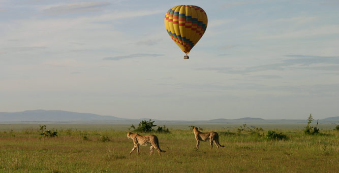 Top 5 Places to Pop the Question - Hot air ballooning over the Serengeti
