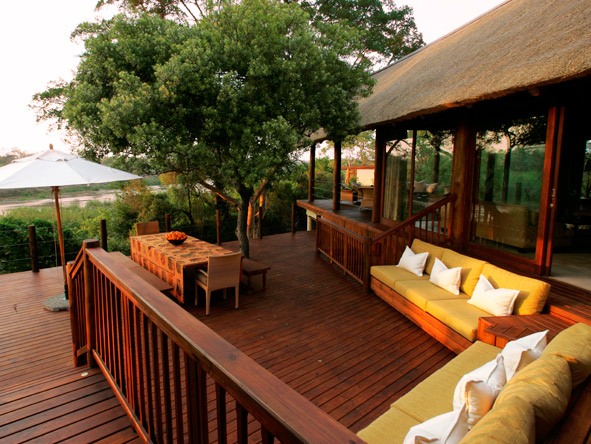 A Lion Sands private villa offers the ideal safari solution for families & groups of friends.