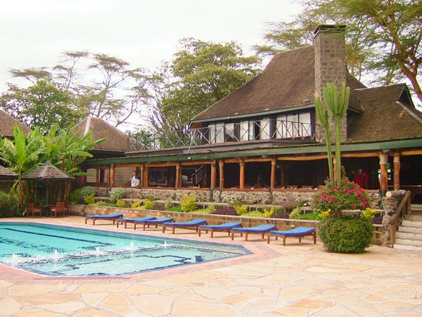 Mt Kenya Mara Road Safari - Swimming pool