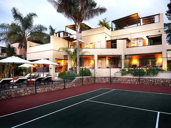 Luxury Safari & Island Honeymoon - Tennis & pool