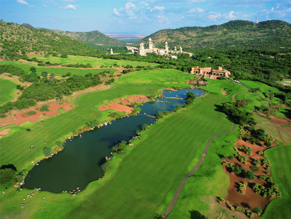 Rovos Rail Golf Safari - Sun City's Gary Player course