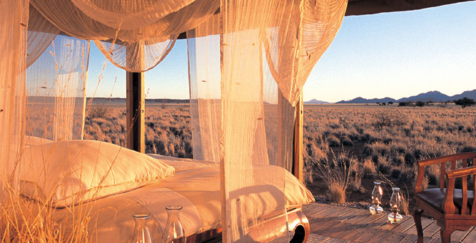 Most Romantic Beds with a View - Wolwedans Private Camp