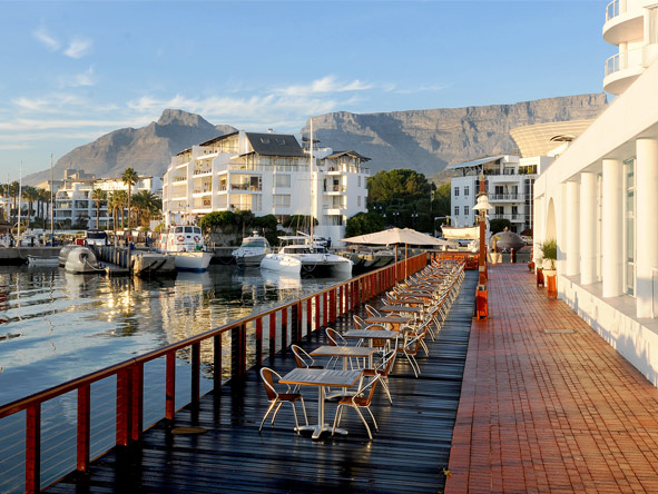 Radisson Blu Hotel Waterfront - Table Mountain