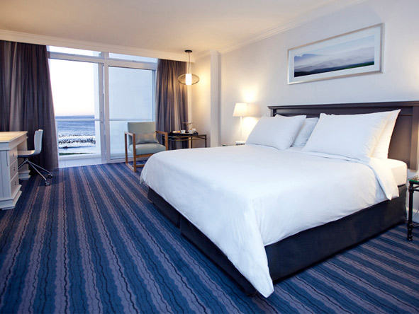 Radisson Blu Hotel Waterfront - Sounds of the ocean