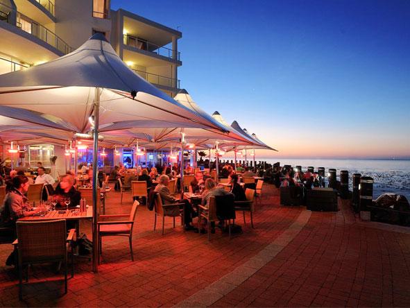 Radisson Blu Hotel Waterfront - Warm & friendly atmosphere