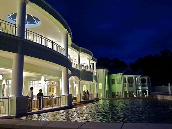 Hemingways Nairobi - Ideal overnight stopover