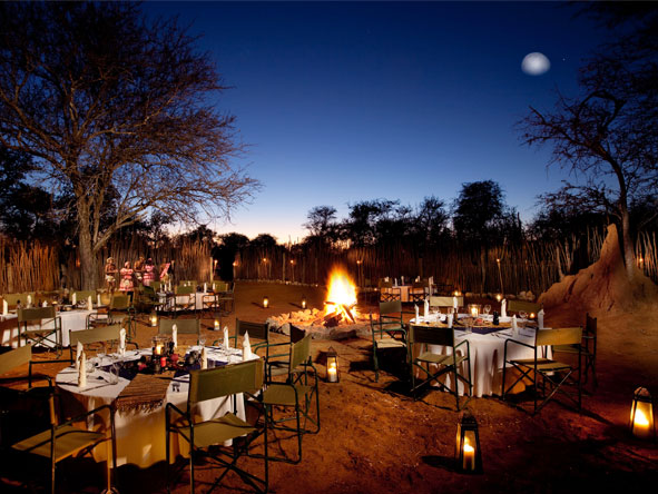 Luxury South African & Namibia Rail Journey - Alfresco dining