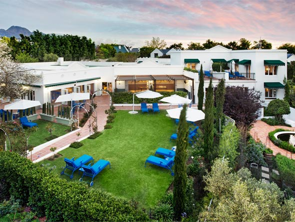 Majeka House - Stunning gardens