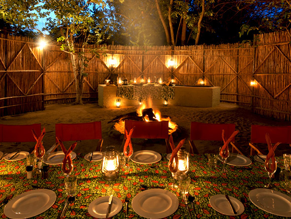 Unique Safari & Beach Adventure - Alfresco dining