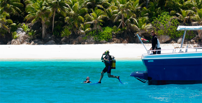 Where to go in Africa in February - scuba diving in the Seychelles
