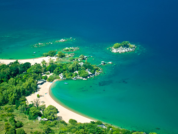 Mvuu & Kaya Mawa Adventure - Tropical island holiday