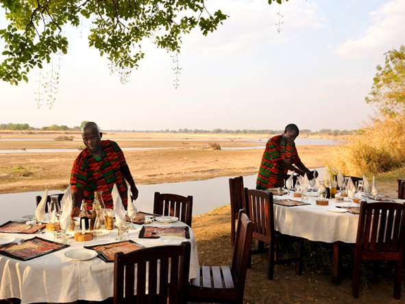 Thrilling Zambian Walking Safari - Alfresco dining