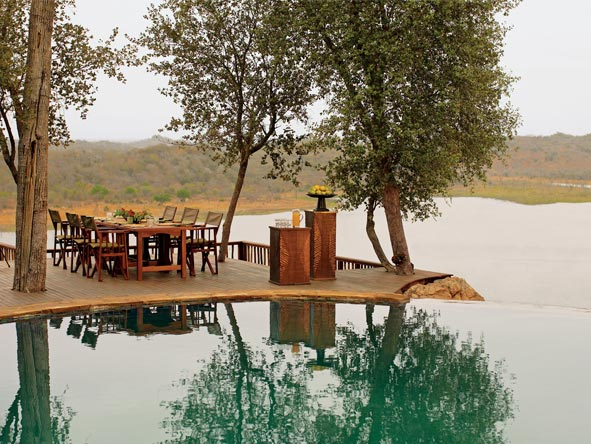 Singita Pamushana Lodge - Swimming pool