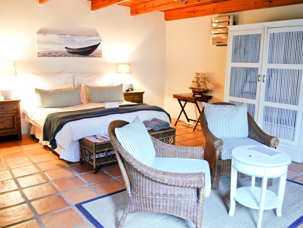 Avondrood Guest House - Small & intimate