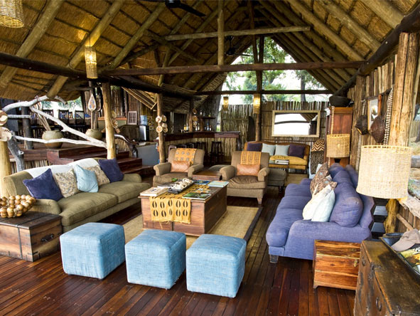 Duba Plains Camp - Modern furniture
