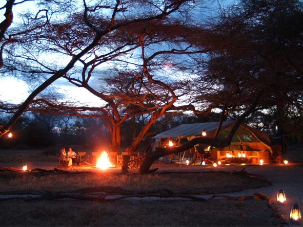Magnificent Amboseli & Mara Retreat - Roaring campfire