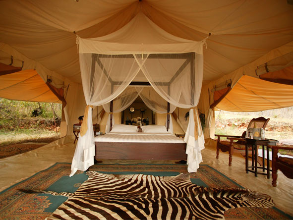 Cottars 1920s Camp - Bygone days of safari